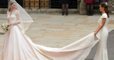 Greseli vestimentare ale femeilor la nunta - WWW.NUNTASUCEAVA.RO